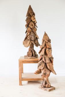 dennenbomen drijfhout
