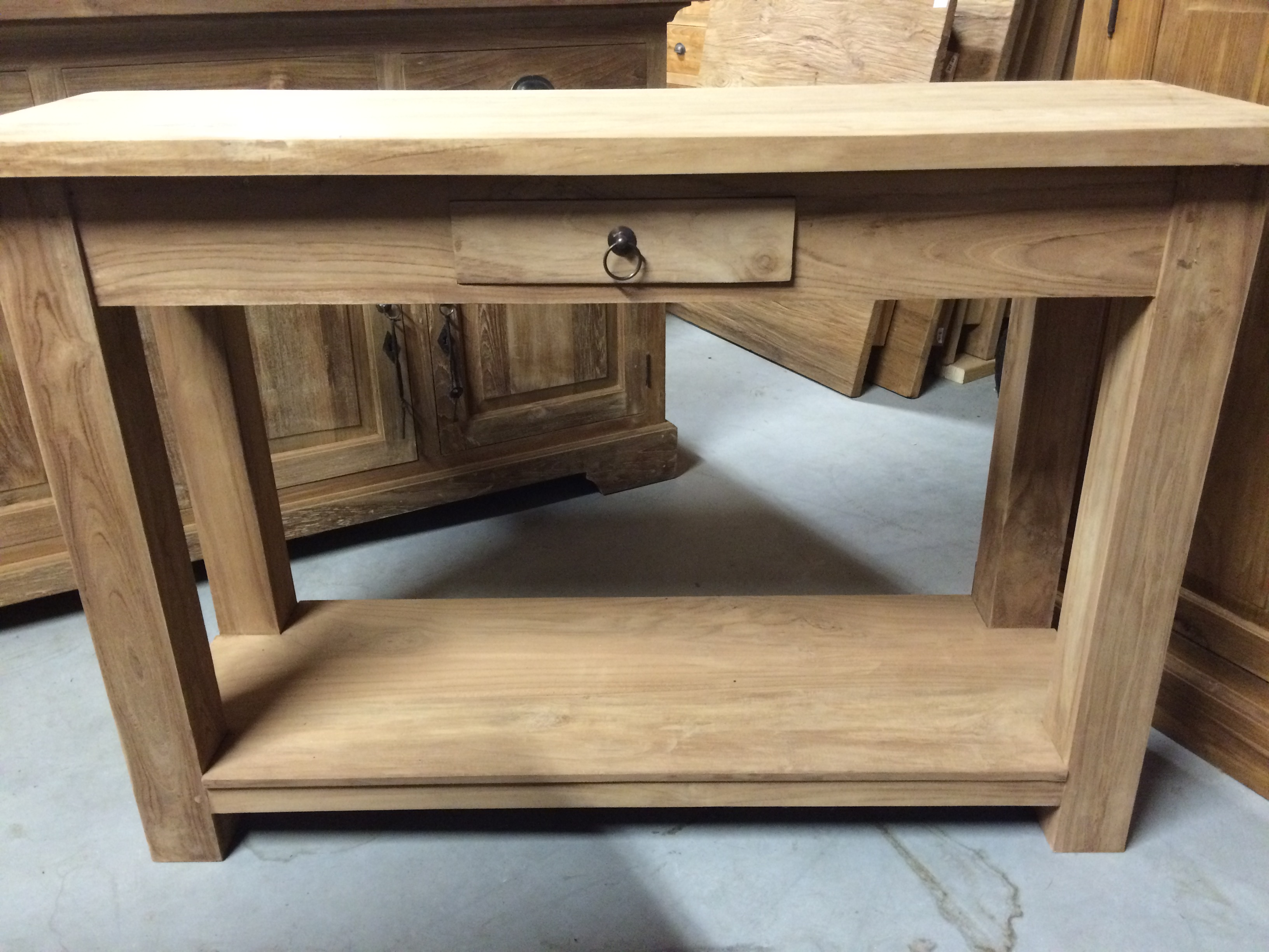 Sidetable Teak 3 Lades.Klassiek Model Wandtafel