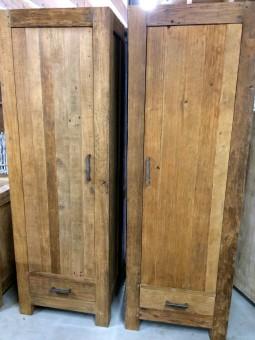 Boekenkast exotic wood
