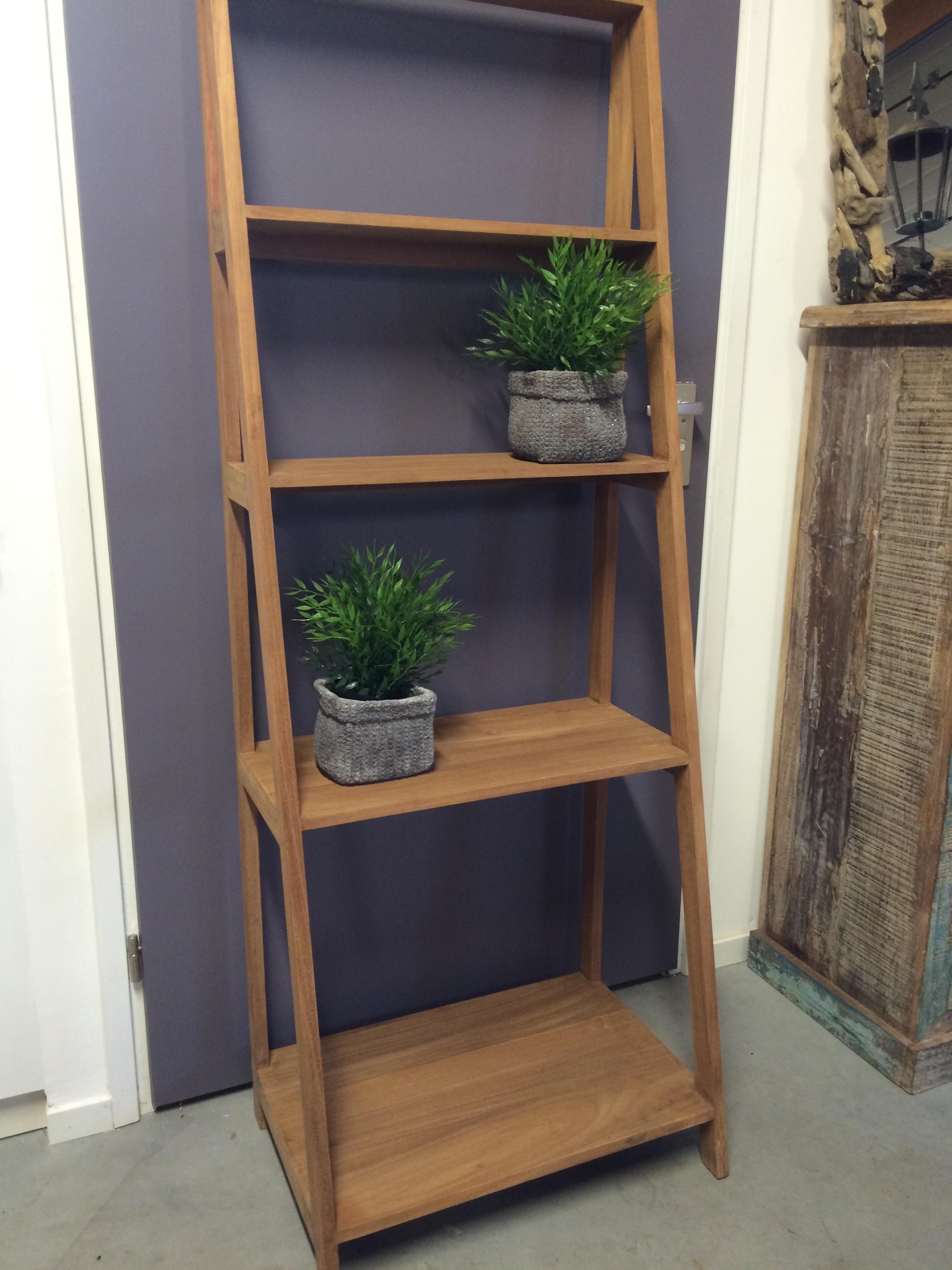 Meer dan 1000 afbeeldingen over polder teak woonaccessoires hout op pinterest teakhout - Home decoratie interieur trap ...