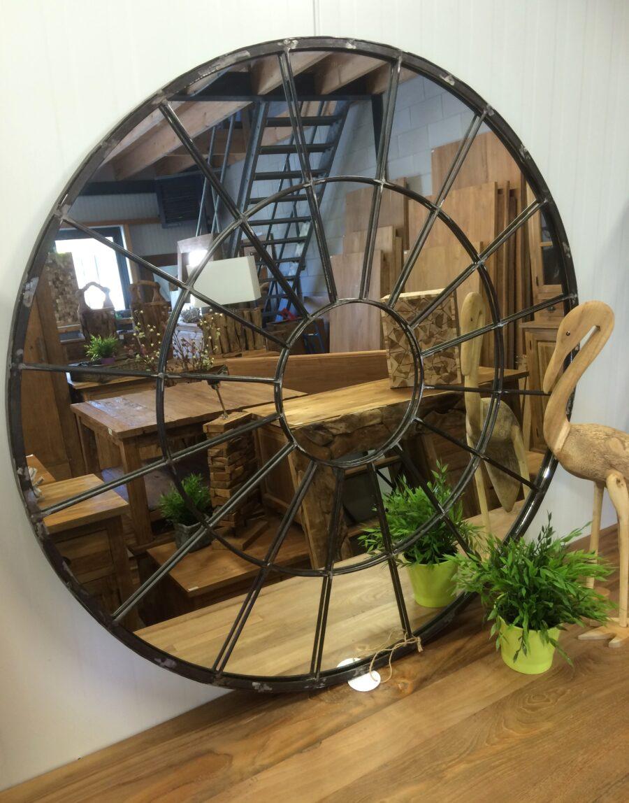 Industriële spiegel rond