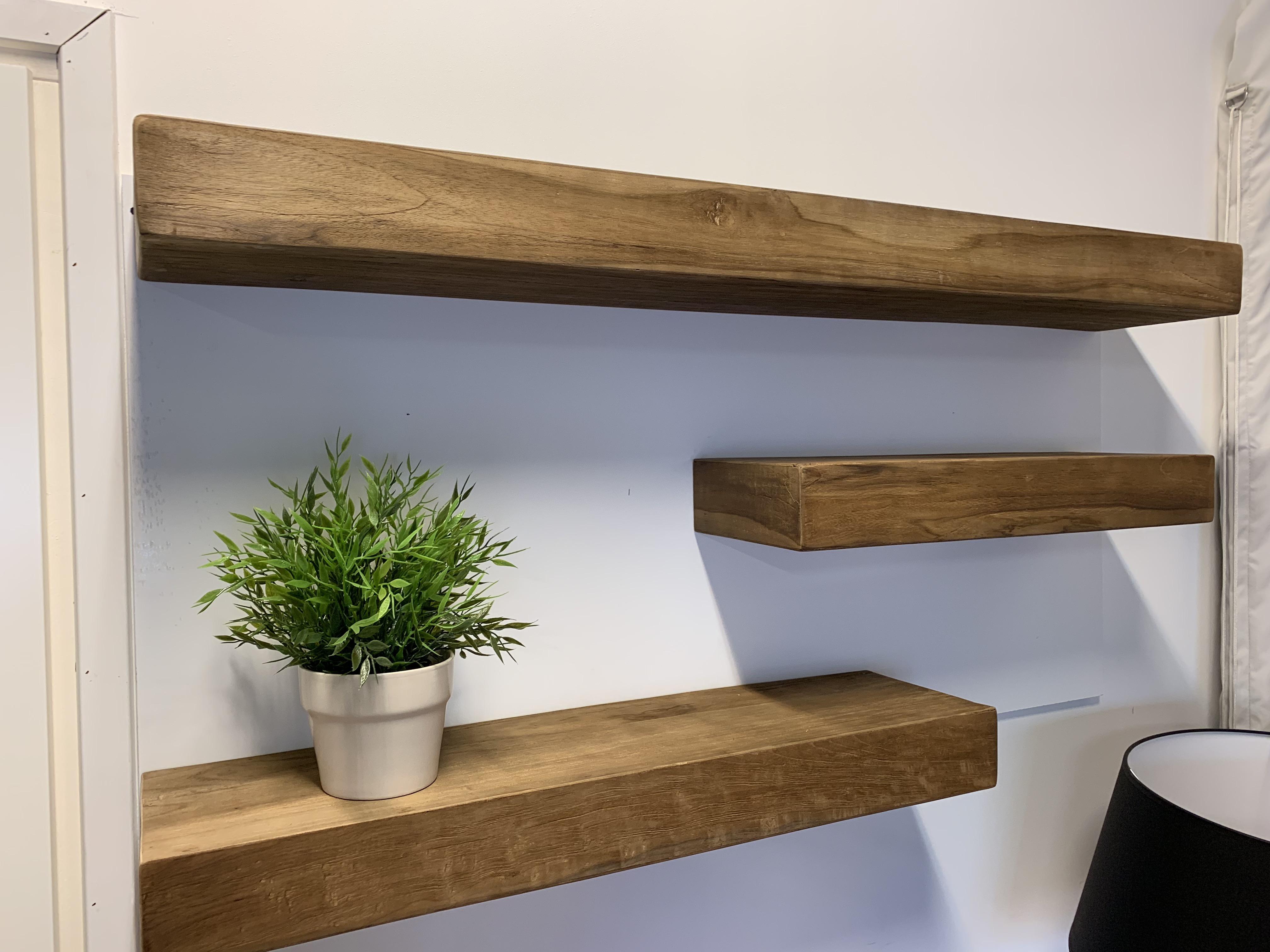 Plank Met Onzichtbare Bevestiging.Wandplank 60cm Geborsteld