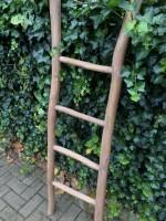 Decoratieve ladder rond teakhout