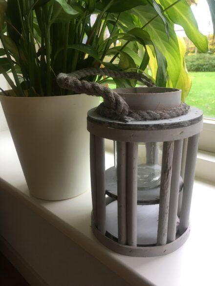 Lantaarn hout grijs