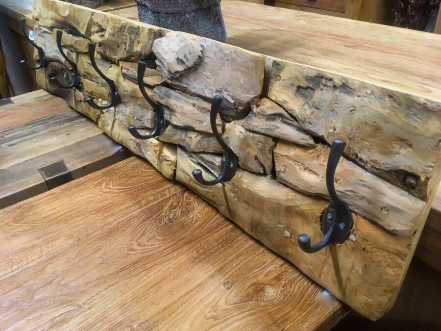 Kapstok drijfhout root