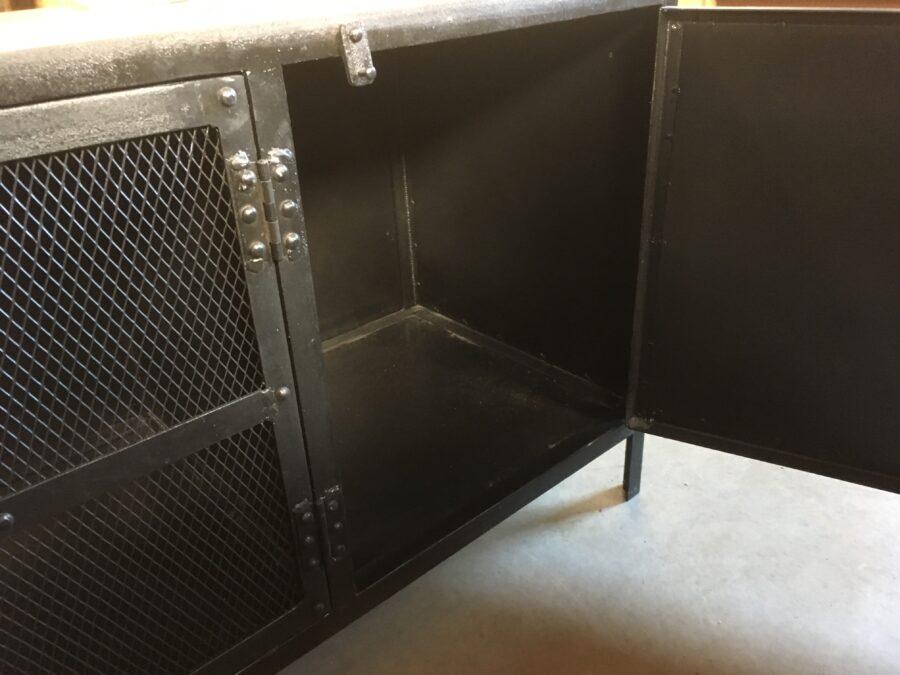 Audiomeubel 175cm industrieel