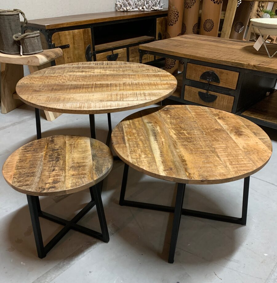 Set 3 tafeltjes mangohout